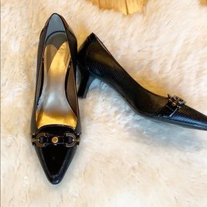 CIRCA JOAN & DAVID black kitten heels size 7.5